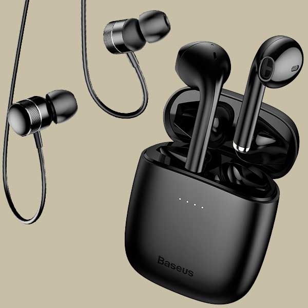 Fülhallgató, Headset